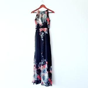 L'atiste Maxi Dress | Black Floral